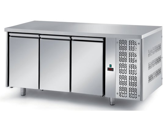 refrigerated ventilated tables with motor, 3 doors mod. fgm1